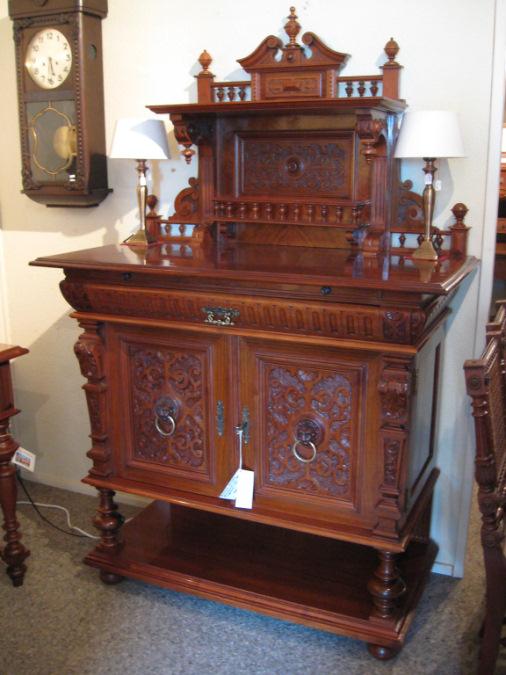 gr nderzeit anrichte artikel details antik alteschmiede. Black Bedroom Furniture Sets. Home Design Ideas