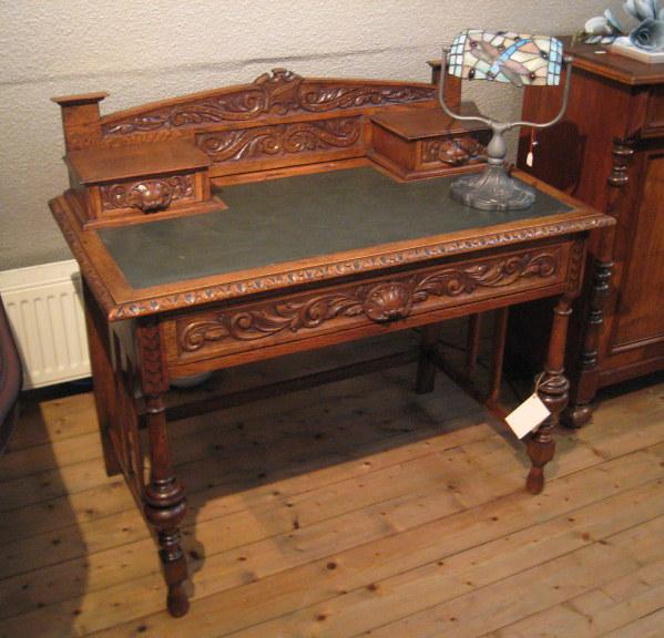 antik alteschmiede schreibtische sekret re antik. Black Bedroom Furniture Sets. Home Design Ideas